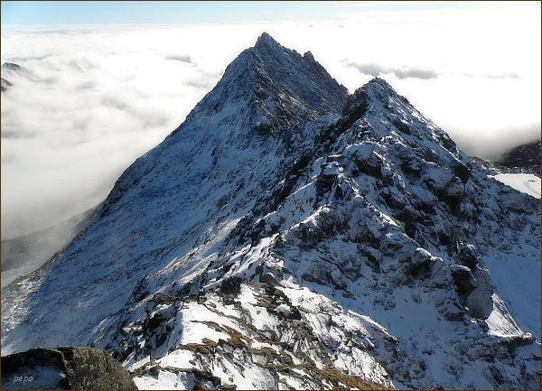 Furkotský štít (v popředí) a Veľké Solisko z Hrubého vrchu