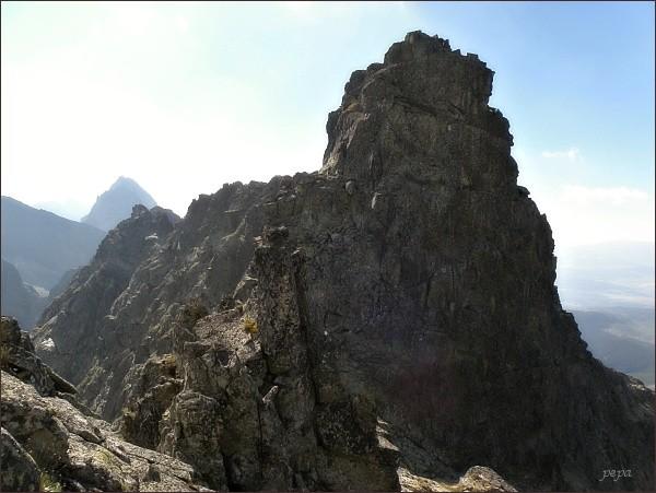 Hincova veža nad Východným Mengusovským sedlom