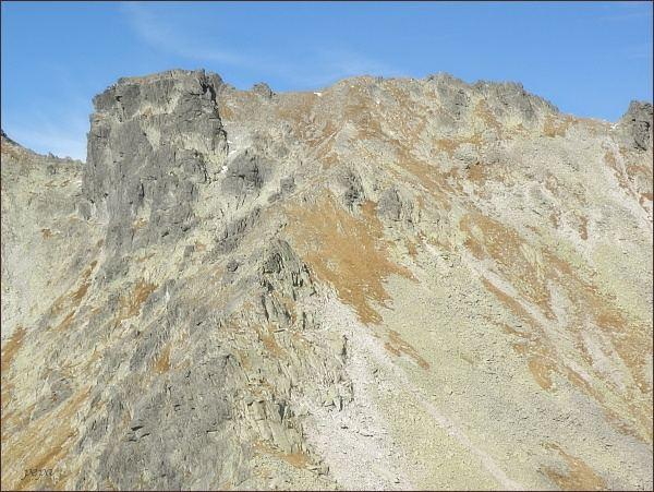 Hincova veža (vlevo) od Volovcového sedla