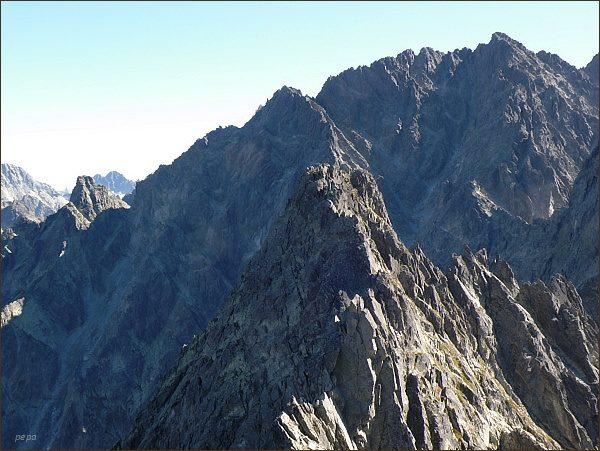 Zadný Gerlachovský štít (vpravo) z Popradského Ľadového štítu