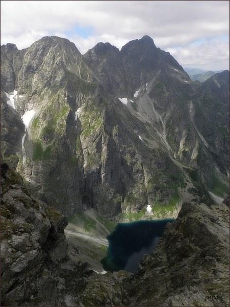 Východný Mengusovský štít a Kazalnica Mięguszowiecka nad Cz. Stawom