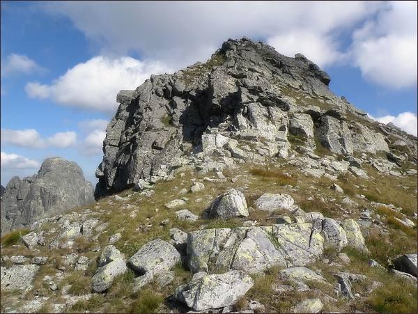 Východný Mengusovský štít nad Východným Mengusovským sedlom