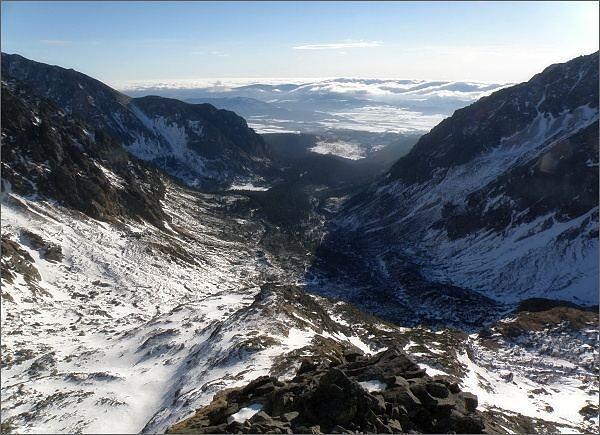 Mengusovská dolina z jižního hřebene Volovca mengusovského