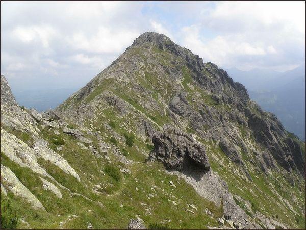 Niżnia Wołoszyńska Przełęcz a Skrajny Wołoszyn