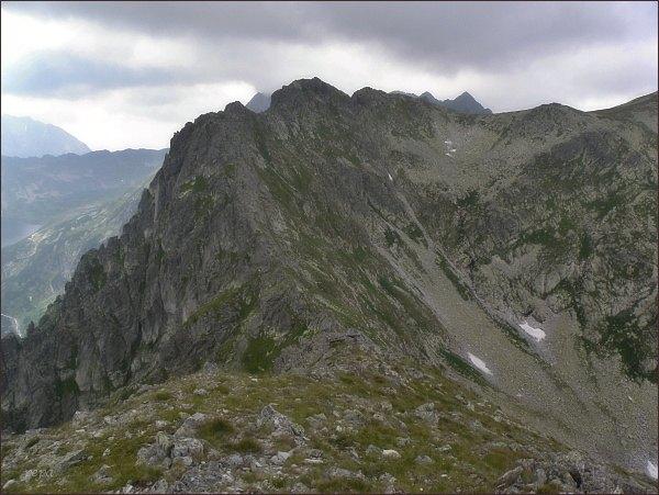 Wyżnia Wołoszyńska Przełęcz, Wielki Wołoszyn a (vpravo od něj) Mały Wołoszyn