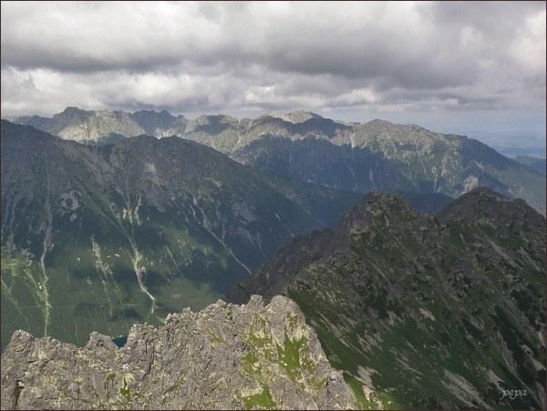 Wołoszyn ze Žabieho štítu (3. horizont; za Wołoszynem je vidět ještě Wielka Koszysta)