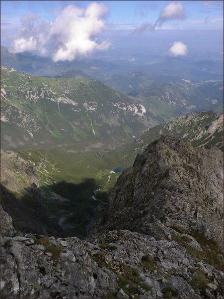 Čierna Javorová dolina ze Snehovej strážnice