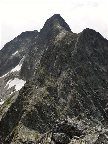 Malý Ľadový štít (vlevo), Ľadový štít a Zadný Ľadový  štít ze Snehového štítu