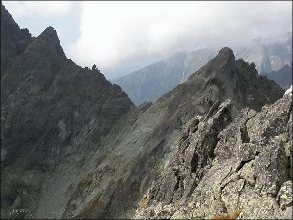 Na Kačacom štíte. Pohled k jihozápadu. Zleva Drúk, Sedlo pod Drúkom, Popradský Ľadový štít