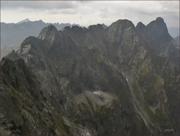 Cesta na Rysy, pohled na Mengusovské štíty