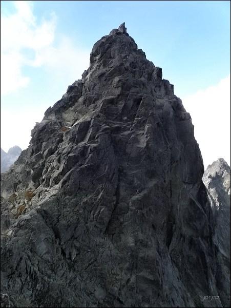 Batizovský štít (východný vrchol) z Batizovských zubov