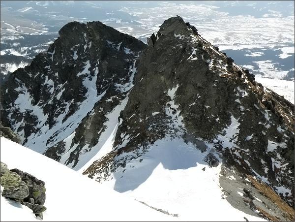 Soliskové sedlo (nejblíže), Soliskový hrb a Predné Solisko