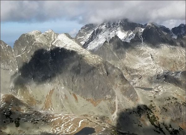 Javorový štít a Ľadové štíty ze Západnej Slavkovskej veže