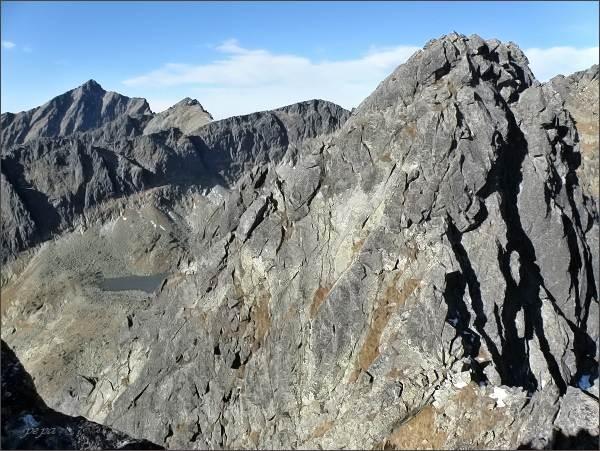 Malé Solisko z Furkotského Soliska. Vlevo Kriváň, Krátka a Ostrá