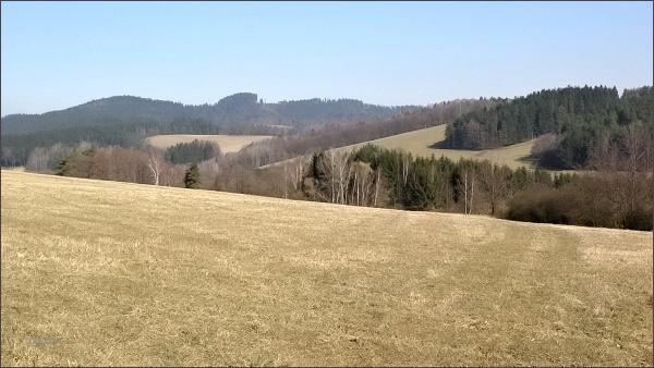 Vizovická pahorkatina (vrchy Krajčice a Kopce) zpod Lačnova