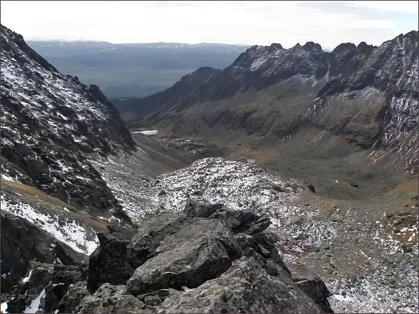 Mlynická dolina z Hlinskej veže. Vpravo Soliskový hrebeň