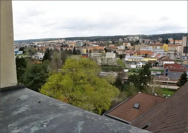 Pohled z věže kostela sv. Martina na severní část Blanska