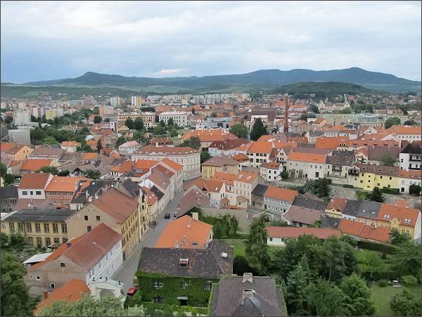 Litoměřice, katedrála sv. Štěpána. Pohled na severní část města s Mostnou horou
