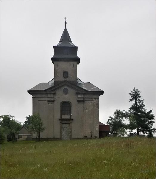 Cínovec. Kostel Nanebevzetí Panny Marie