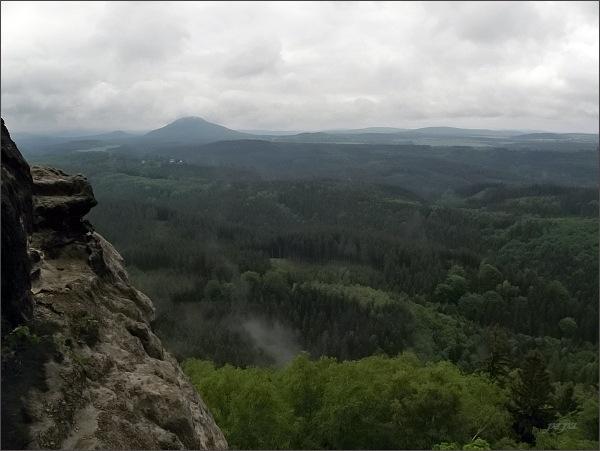 Růžovský vrch od Pravčické brány