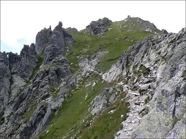 Hrubý štít, turistická cesta na vrchol