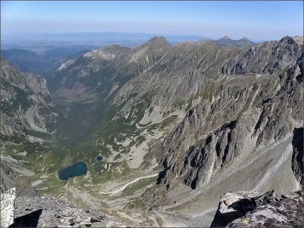 Kačacia a Bielovodská dolina z Kačacieho štítu