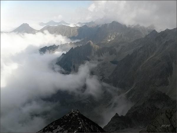 Pohled ze Zlobivej na severní stranu Vysokých Tatier