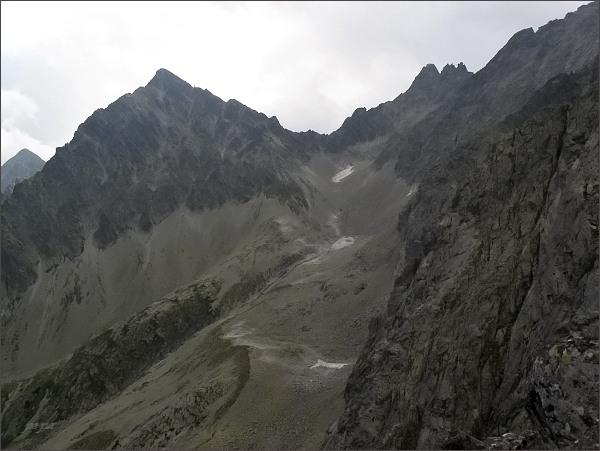 Kolový štít a Čierne veže z Prostrednej Snehovej veže