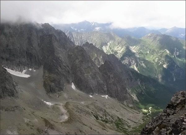 Snehové veže (v popředí) zpod Kolového štítu