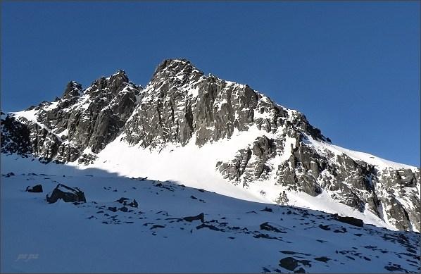 Čierne veže a Čierny štít na Veľkou Zmrzlou dolinou (Baraniou kotlinou)