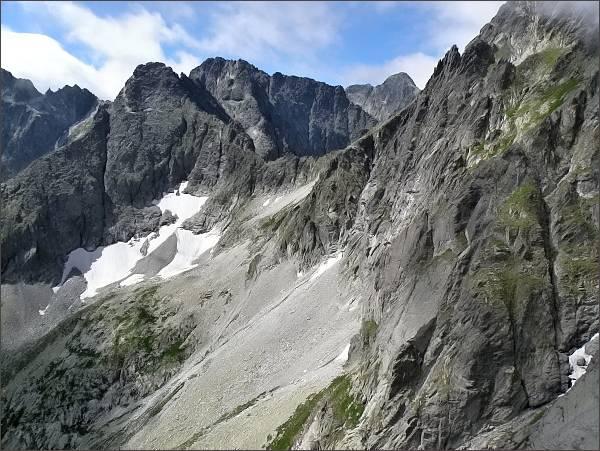 Čierny štít a Baranie rohy z Karbunkulového hrebeňa