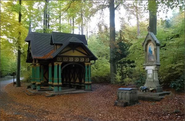 Karlovy Vary, Lesní pobožnost
