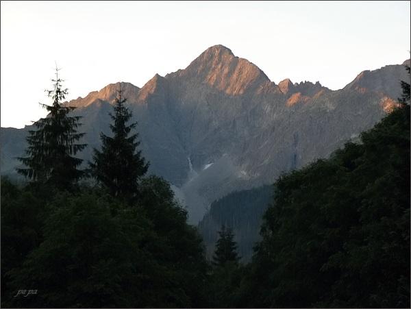 Kolový štít od Tatranskej Javoriny