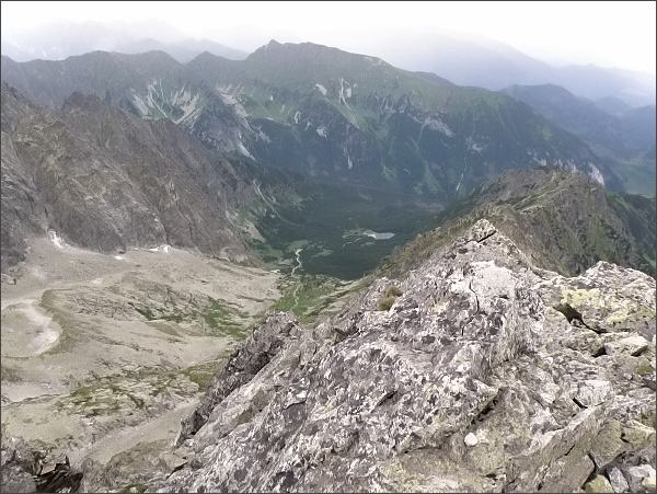 Čierna Javorová dolina a Hrebeň Sviniek z Kolového štítu