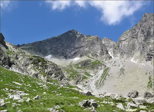 Kolový štít a Zmrzlá veža nad Malou Zmrzlou dolinou