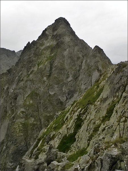 Kolový štít a Zmrzlá veža z Malého Kolového štítu