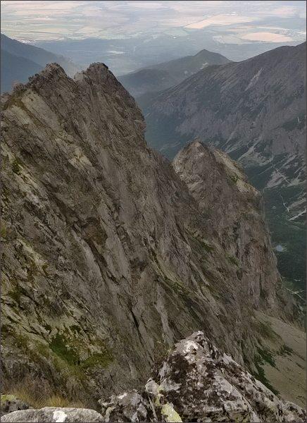Karbunkulový hrebeň zpod Zmrzlej veže