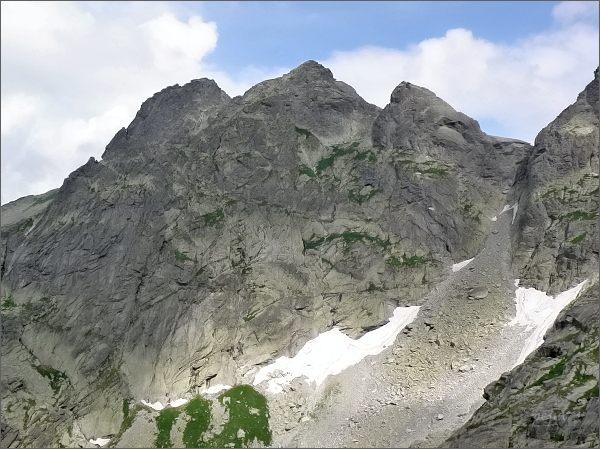 Volia veža (vlevo), Žabia veža a Žabí kôň od jihovýchodu