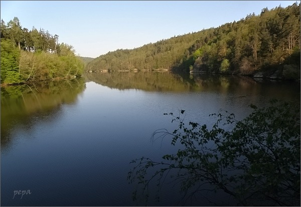Dalešická přehrada pod Koněšínem