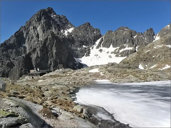 Malá Studená dolina. Téryho chata a Prostredný hrot