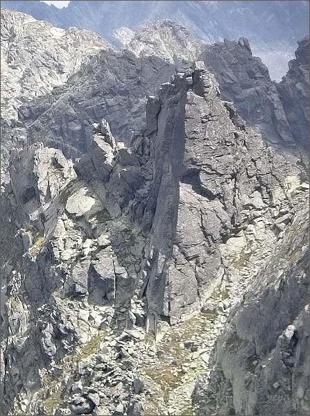 Veľká Furkotská veža, klíčové místo (zleva)