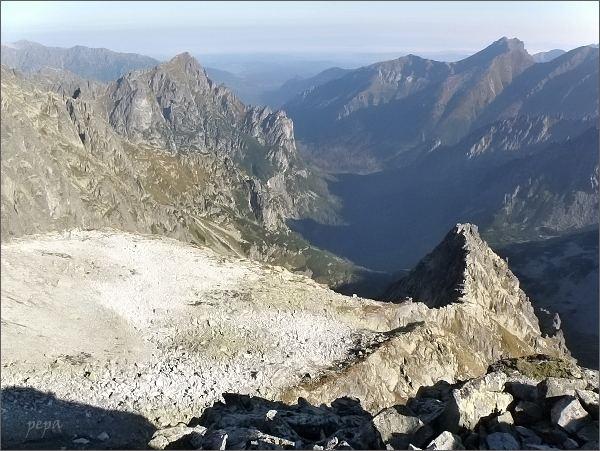 Na Hrubej Snežnej kope. Pohled do Kačacej doliny