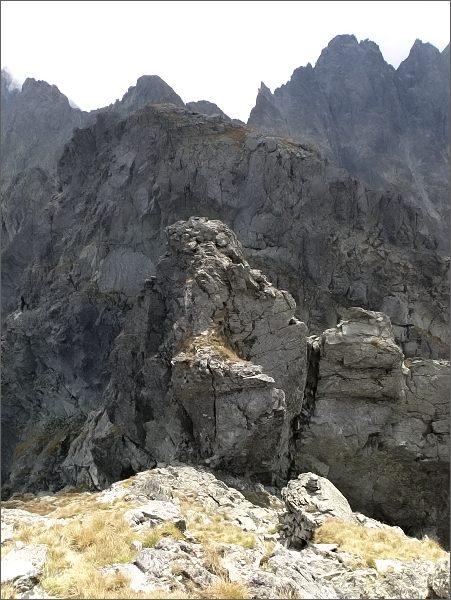 Zlobná kopka a Západný Železný štít z e Zlobnej kopy
