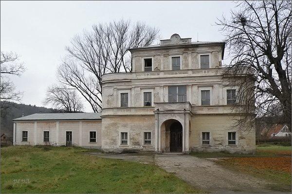 Velichov, zámek