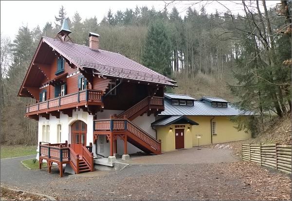 Kyselka, zrekonstruovaný pavilon Löschner