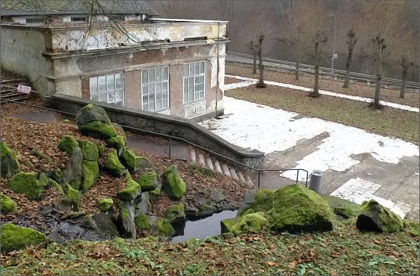 Kyselka. Kaskády Mattoniho vodopádu