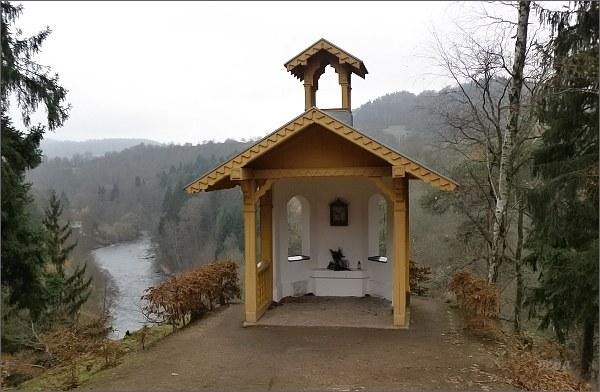 Kyselka, lesní kaple
