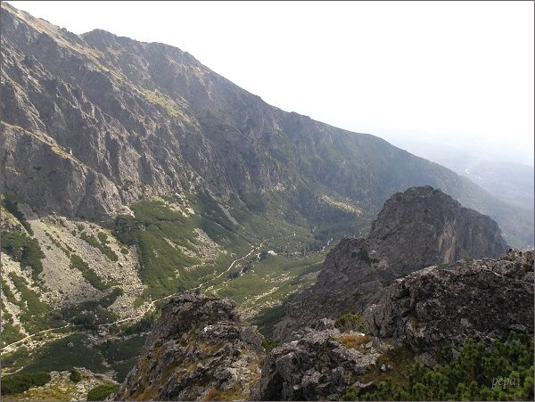 Veža nad Ohniskom, pohled do Malej Studenej doliny