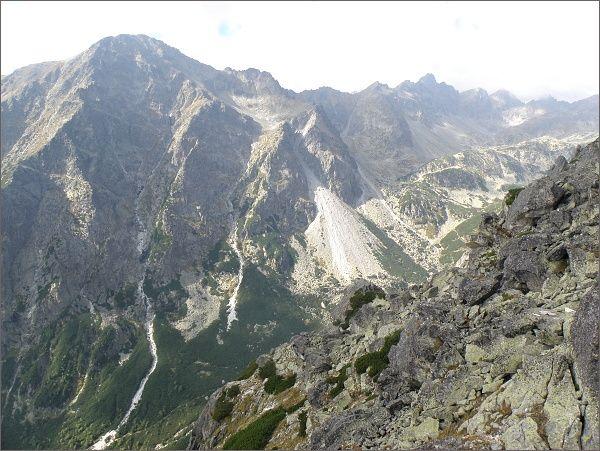 Slavkovský štít a Veľká Studená dolina z Veže nad Ohniskom