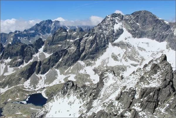Kotlina Spišských plies a Ľadové štíty z Veterného štítu